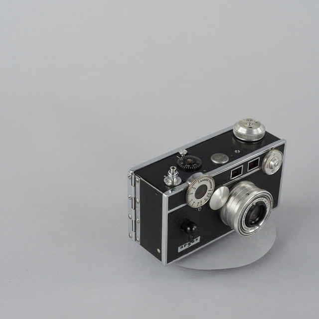 Prístroj fotografický Argus C 3