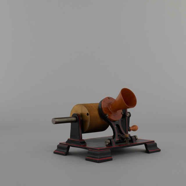 Fonograf staniolový