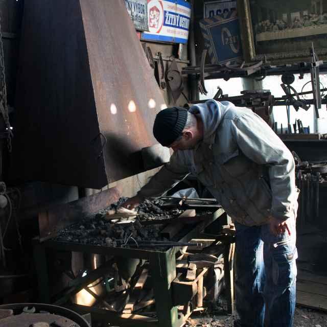 Ivan Šarközi - kováčska dielňa