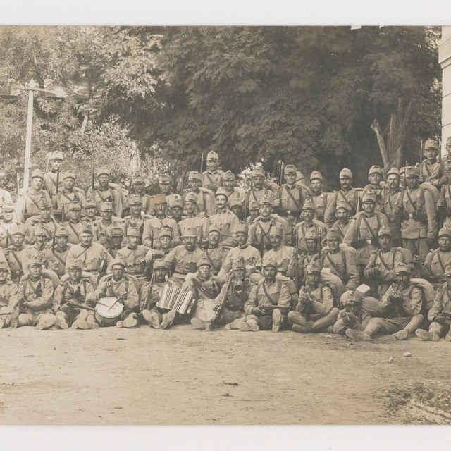 Pohľadnica: Spoločná fotografia 71. pešieho pluku