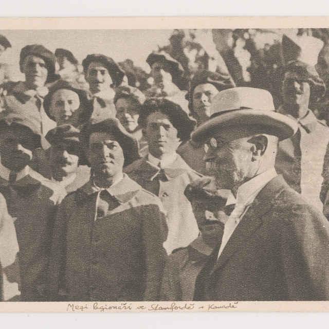 Pohľadnica: Prof. Masaryk medzi československými legionármi v Amerike