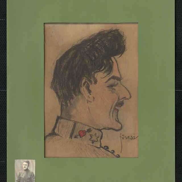 Pastel na papieri - karikatúra vojaka, hlava muža z profilu otočená doprava, bohaté čierne vlasy a fúziky, s úsmevom v tvári, na výložke blúzy srdce prebodnuté šípom, vľavo hore tužkou autogram: Dobó József..