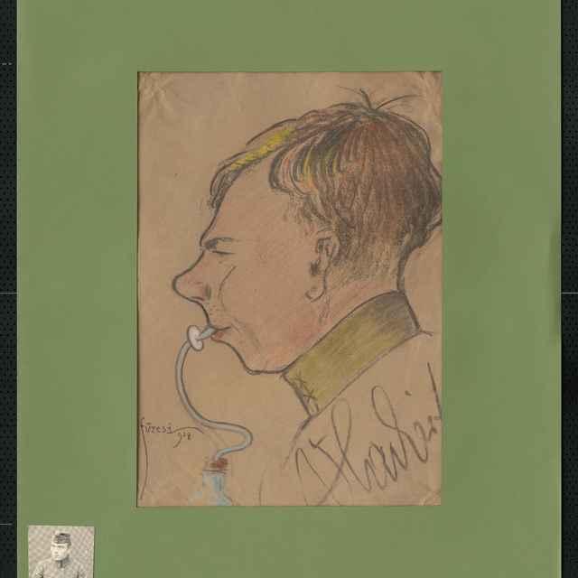 Pastel na papieri - karikatúra vojaka, hlava mladého muža s profilu, otočeného doľava, v ústach cumeľ s hadičkou vystupujúcou z fľaše, vpravo dole autogram: Vlaitert, vľavo dole sign.: Füzesi 918; rozm.: 42,5 x 30 cm