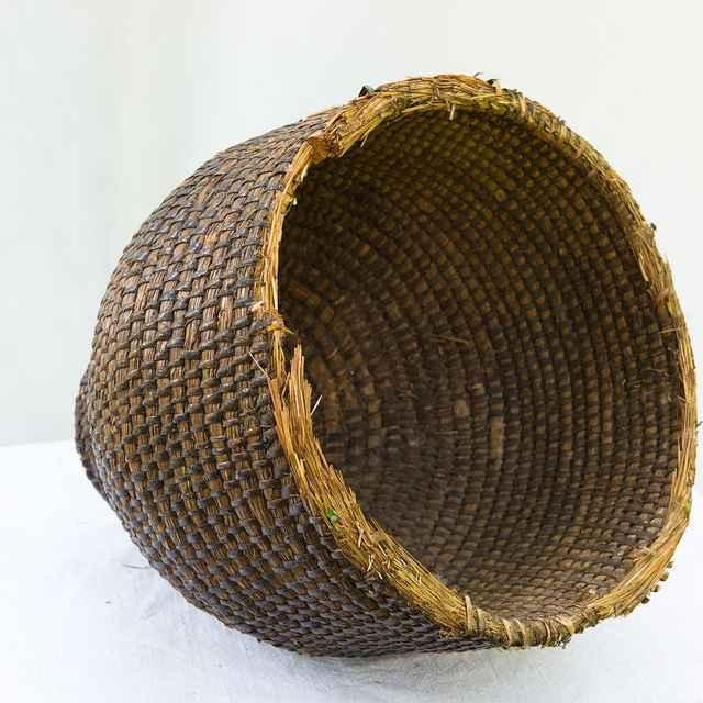 Slamený úľ 005-04