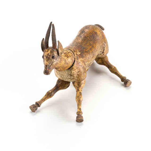 Detska hracka - drevena gazela