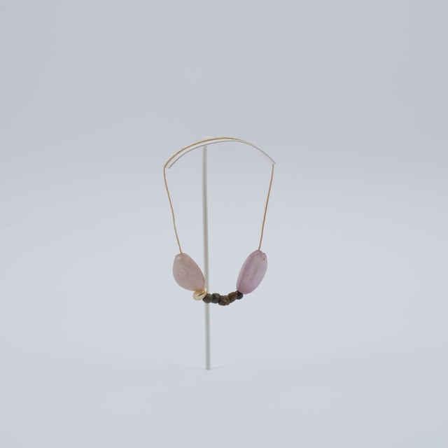 Náhrdelník zo sklenených korálikov