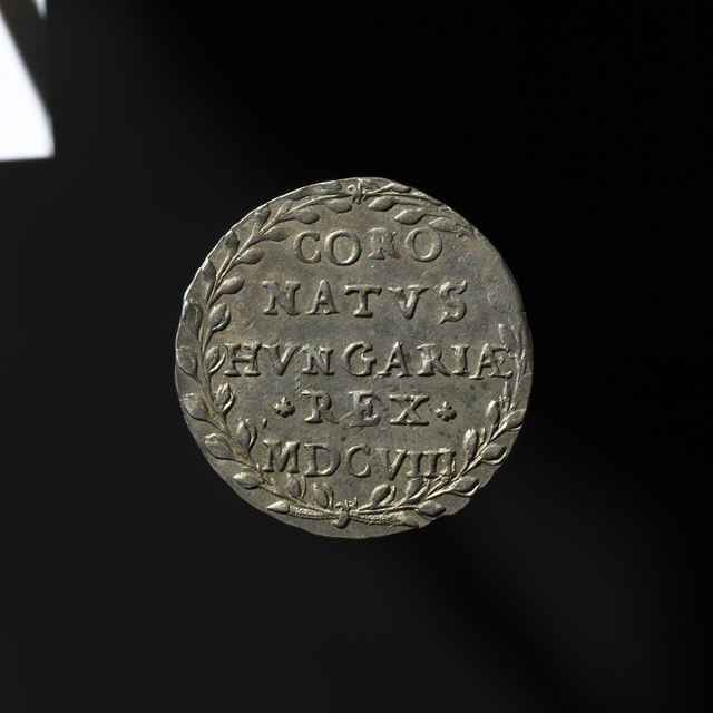 Pamätná medaila na bratislavskú korunováciu Mateja II. ako uhorského kráľa, strieborná