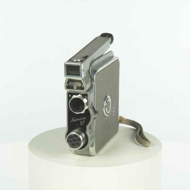 Kamera Admira 8 F