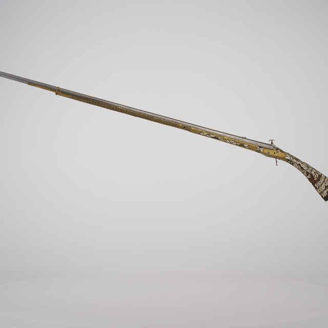 Puška kresadlová, LAZARINO COMINAZ, 157cm, mosadzný drôt, perleť, nabijak a lučík chýba, 2. pol. 18. st.