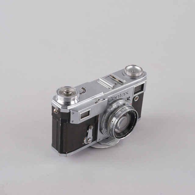 Prístroj fotografický CONTAX II