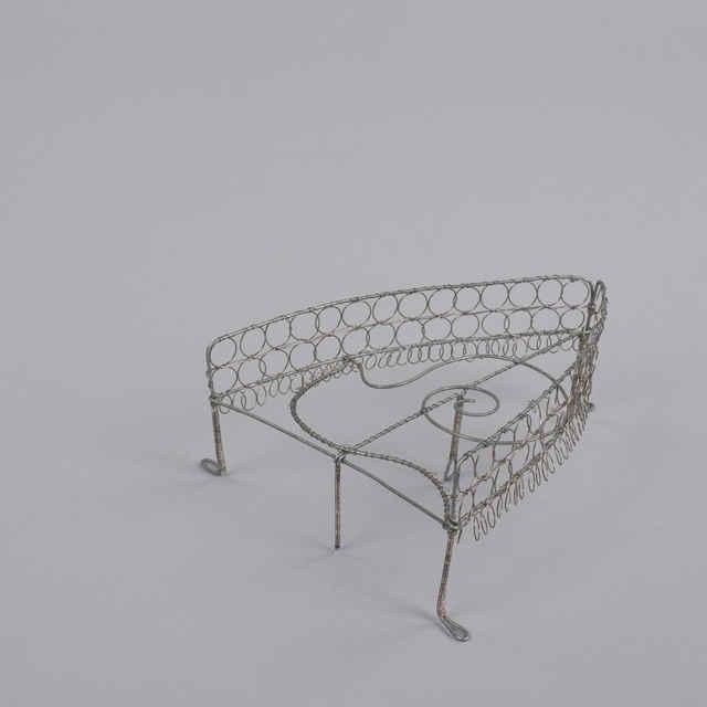 Podložka na žehlenie - Umelecký výrobok z <u>drôtu</u>