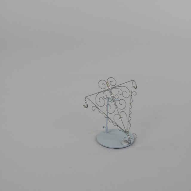 Vešiak na varešky - Umelecké výrobky z <u>drôtu</u>