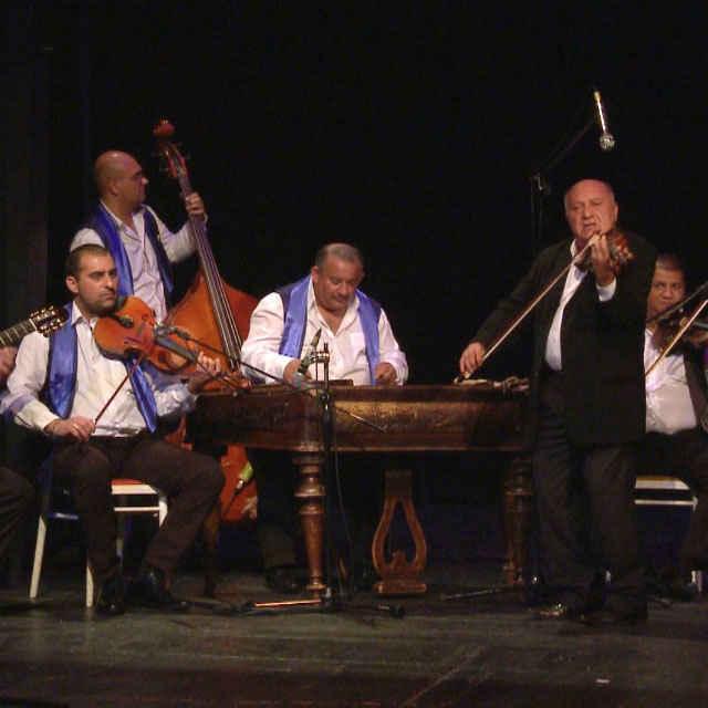 Romathan - Esencia hudby a spevu - Gáborová Kroková, Jana