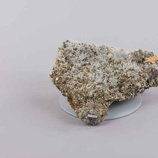 Pyrit, kremeň