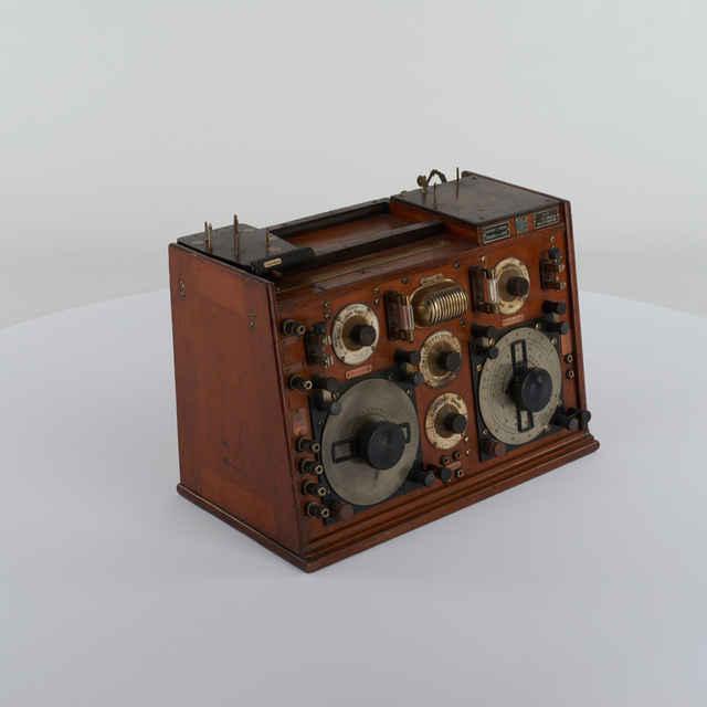 Rádio Telefunken typ E258a