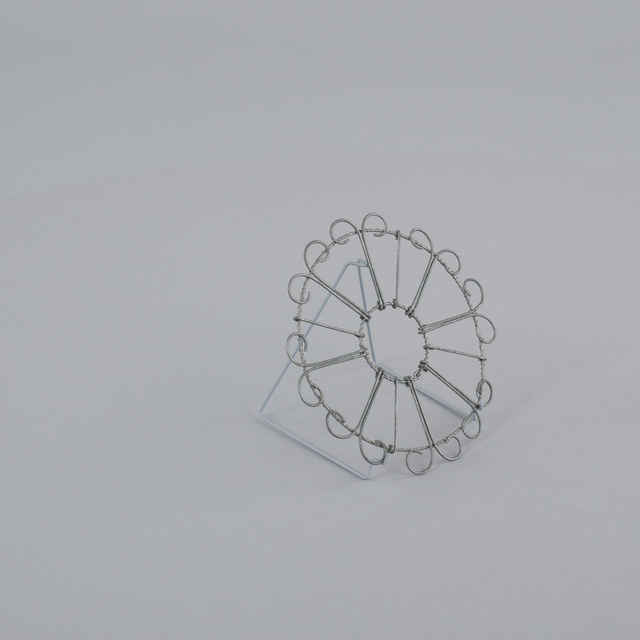 Podložka pod hrniec - Umelecký výrobok z drôtu