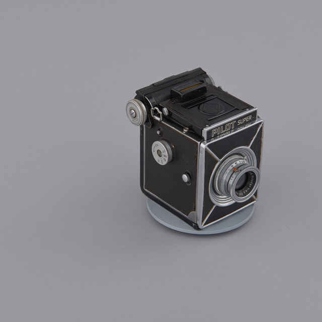 Prístroj fotografický PILOT SUPER, 6 x 6 a 4,5 x 6 cm