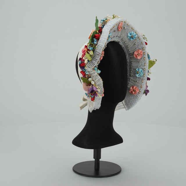 Parta pre nevestu, tyl, umelé kvety, modro-ružové stuhy