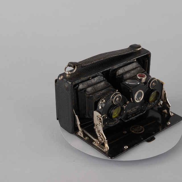 Prístroj fotografický STEREOLETTE ICA