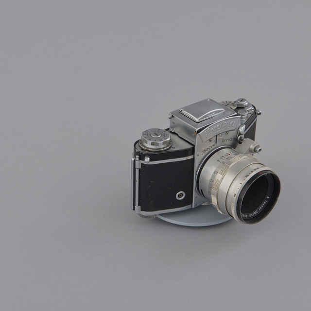 Prístroj fotografický EXAKTA VAREX IIa