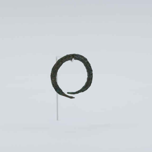 Prsteň bronzový