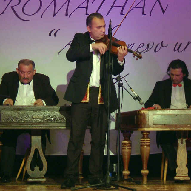 Romathan - Virtuózny čardáš - Gáborová Kroková, Jana