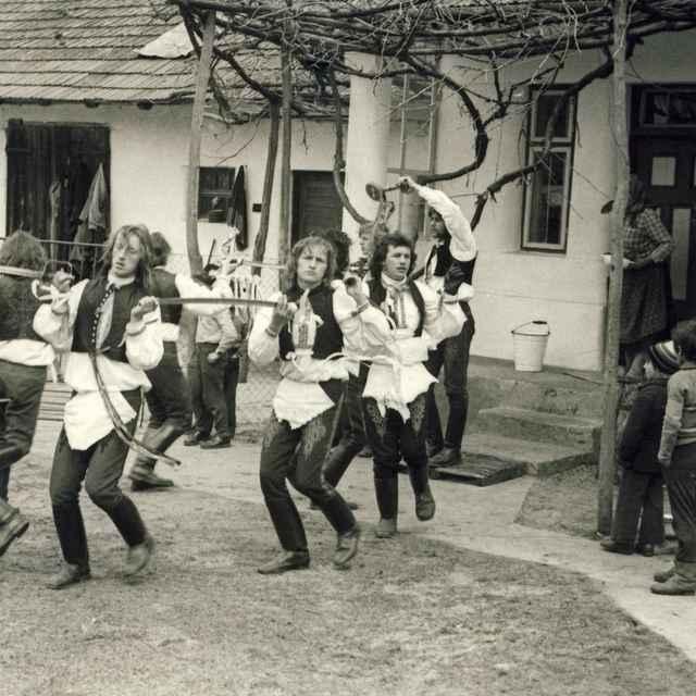 Fašiangová obchôdzka v Borskom Mikuláši 005-01