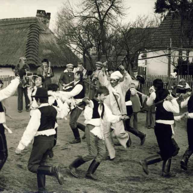 Fašiangová obchôdzka v Borskom Petri