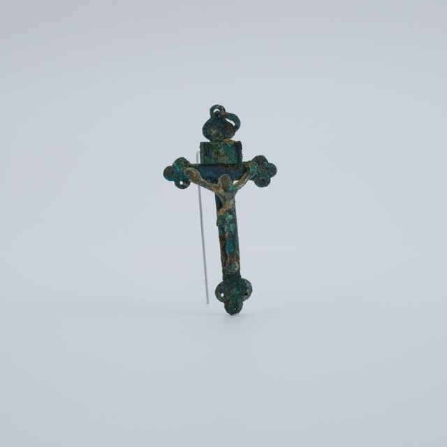 Krížik bronzový