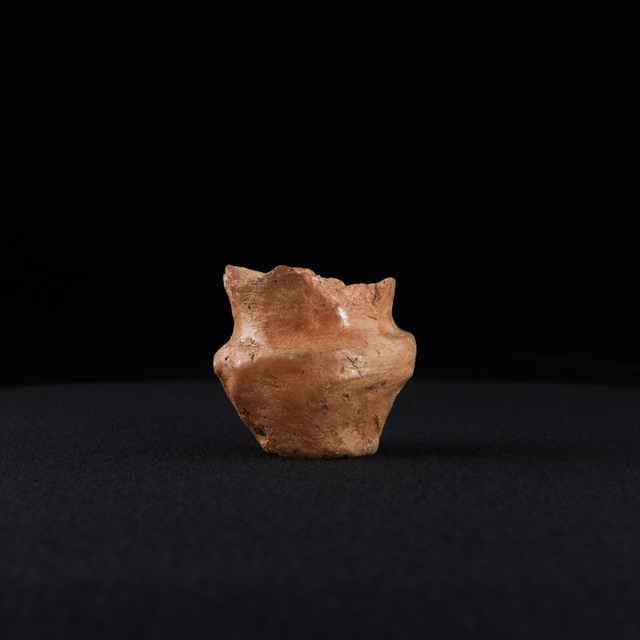 pohár hlinenný miniatúrny