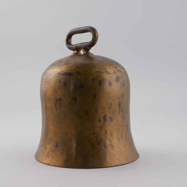 Zvonec z mosadzného plechu