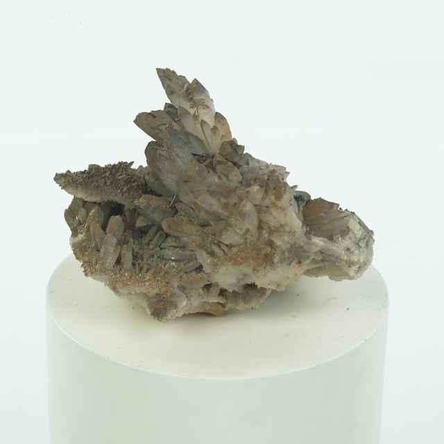 Antimonit, kremeň