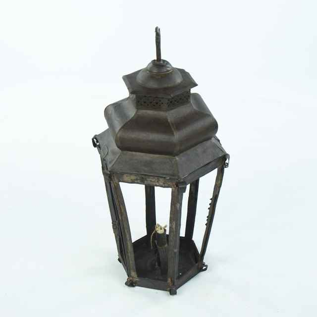 Lampáš na sviečku, šesťboký zrezaný ihlan, zasklený