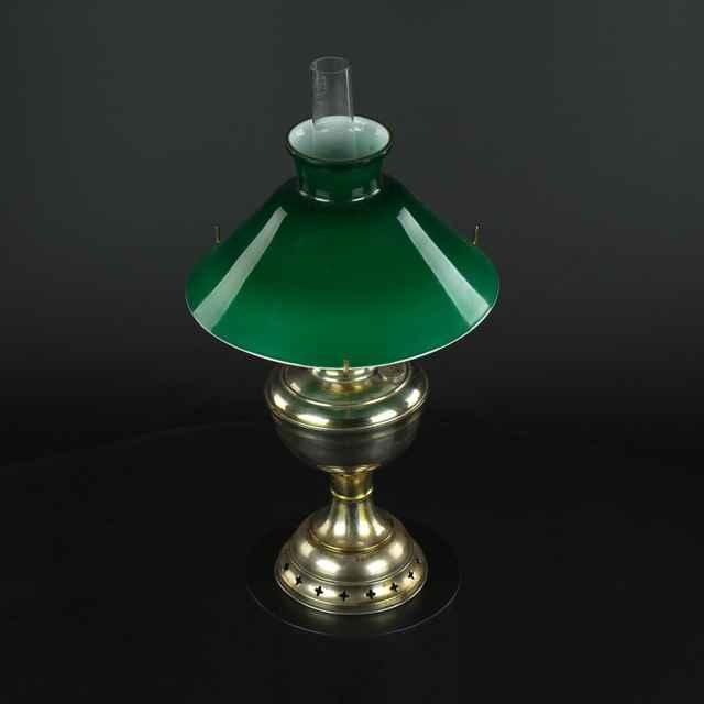 Lampa petrolejová stolová