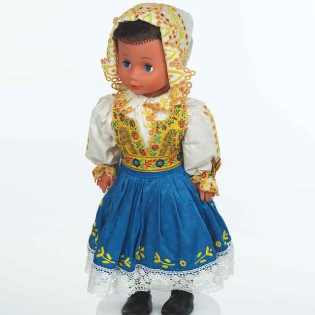 Bábika, ženský kroj z Lančáru