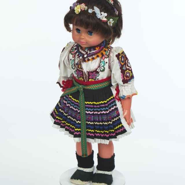 Bábika, slávnostný odev z Hornej Poruby