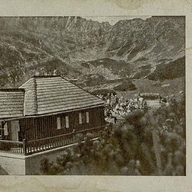 Votrubova chata pod sedlem Kopa (1756 m) u Bílých ples ve Vys. Tatrách