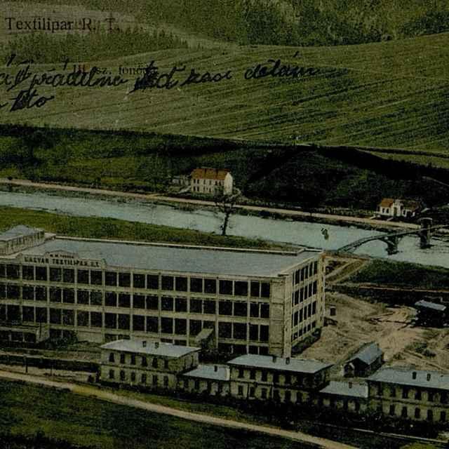 Magyar Textilipari R. T.