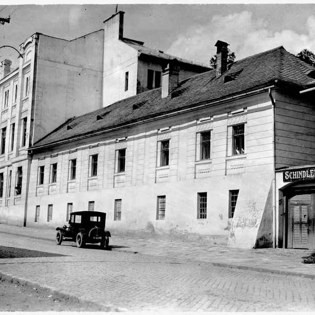 Sklený negatív, továreň Schindler