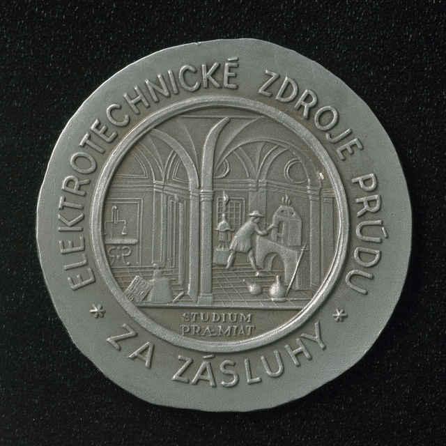 Pamätná medaila 100. výročie prvého oloveného akumulátora