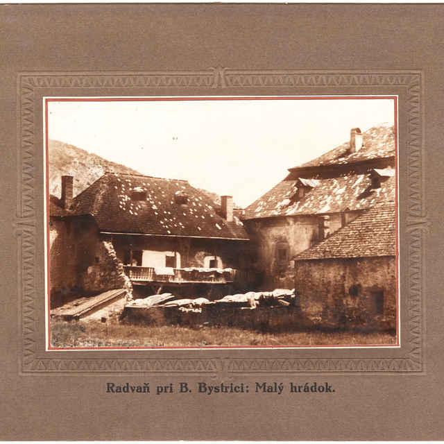 Banská Bystrica, Kráľová - detail na Soví hrad od severu