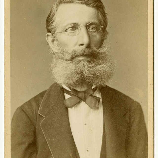 Fotografia muža (prof. lýcea Fridrich Scholcz?)
