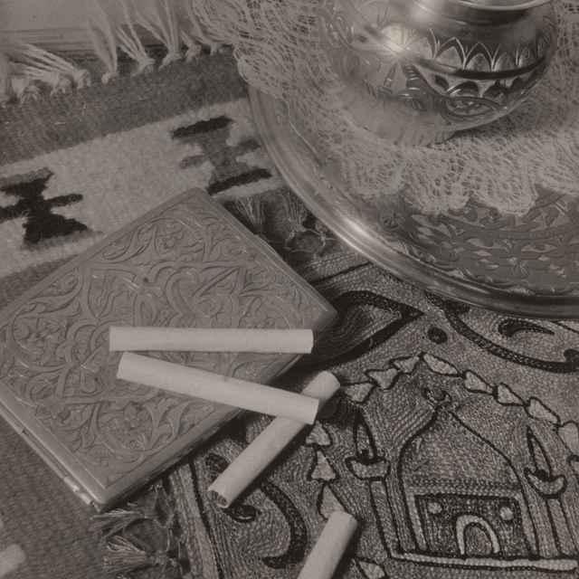Zátišie s rozsypanými cigaretami - Dohnány, Miloš