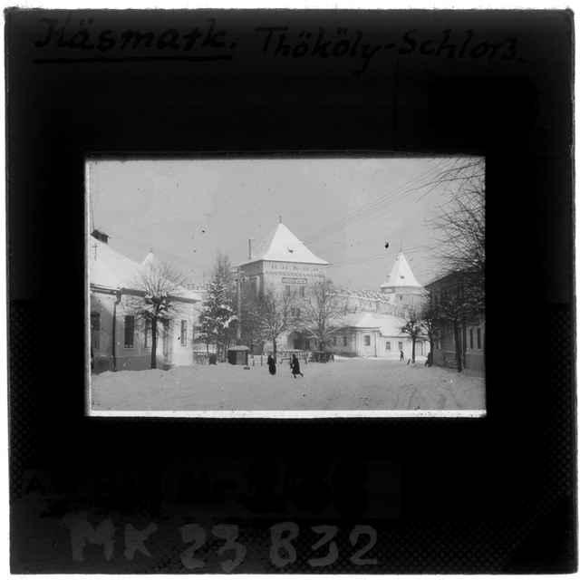 Čiernobiely diapozív- Kežmarský hrad v zime