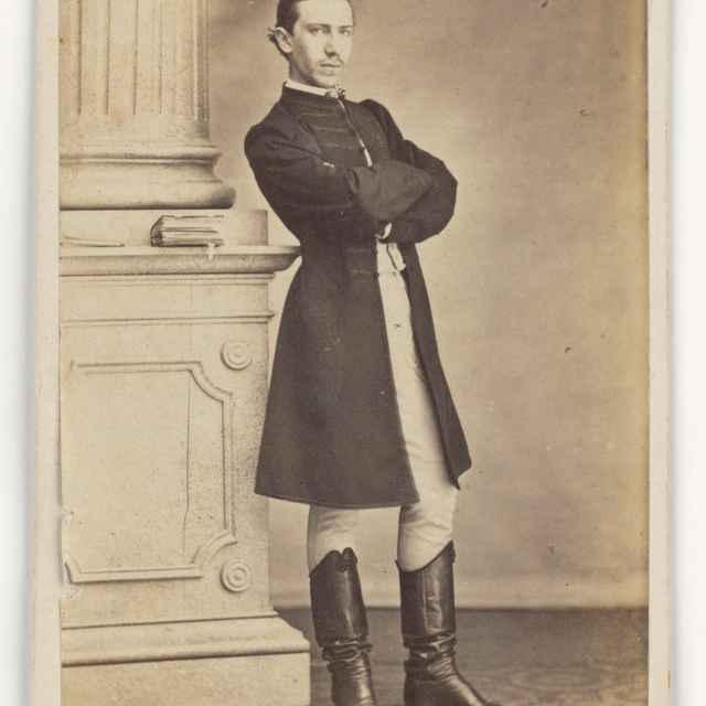 Portrét muža stojaceho pri stĺpe - Letzter, Lazár