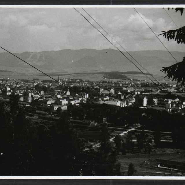 Fotografia čiernobiela - celkový pohľad na Žilina, 1930-1936 - Tatár, Július