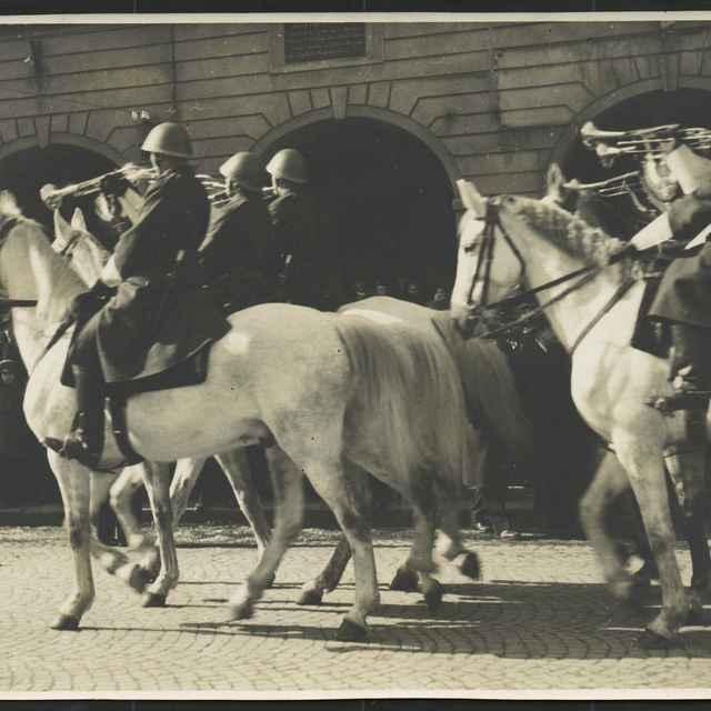 Fotopozitív:vojenská prehliadka v Ziline,r.1942