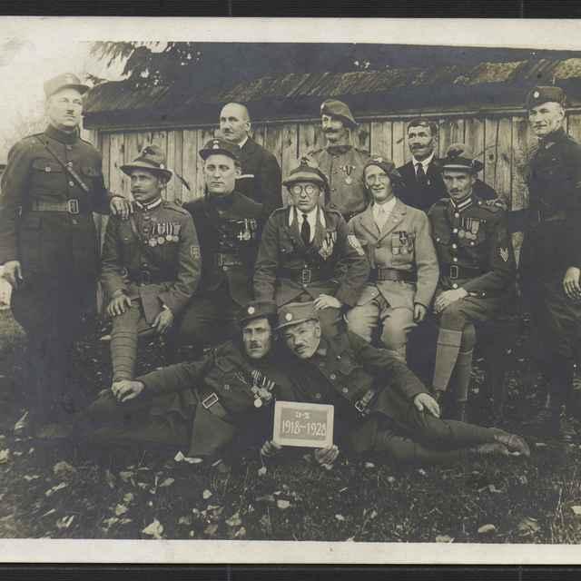 Bytča - fotografia legionárov z Bytče 1928