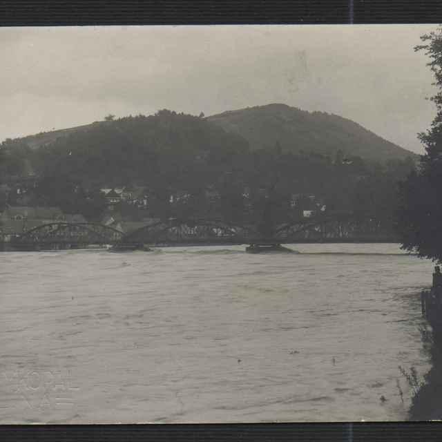 Fotografia mosta v Budatíne - Vykopal, Ján