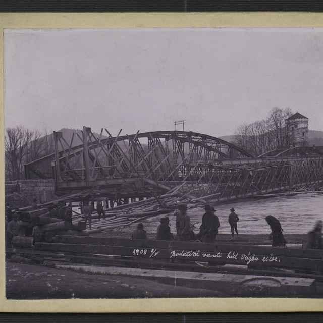 Fotografia - most u Budatína, 1908